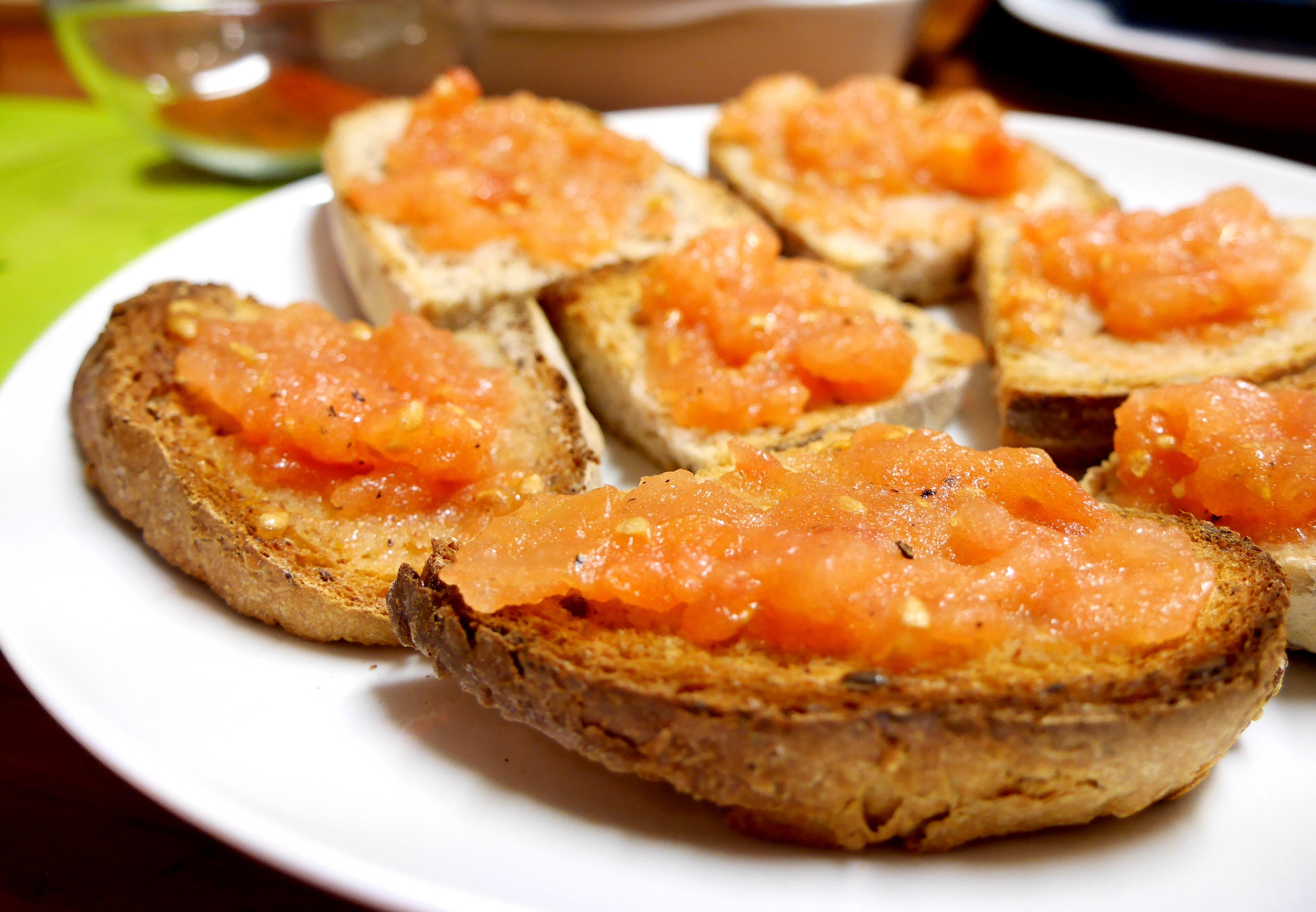 Pà Amb Tomàquet, Pan Con Tomate