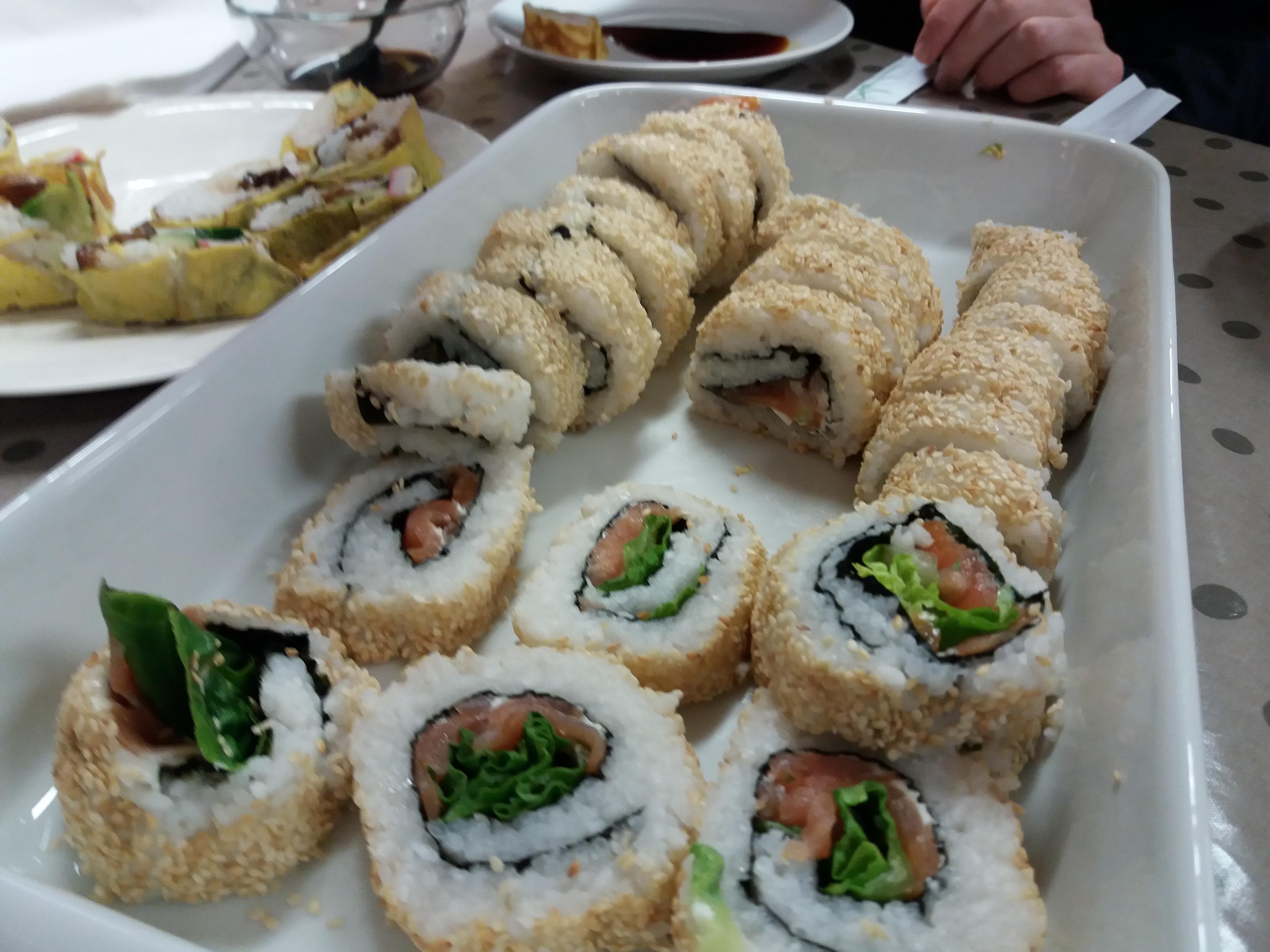 Sushi Roll Ura Maki