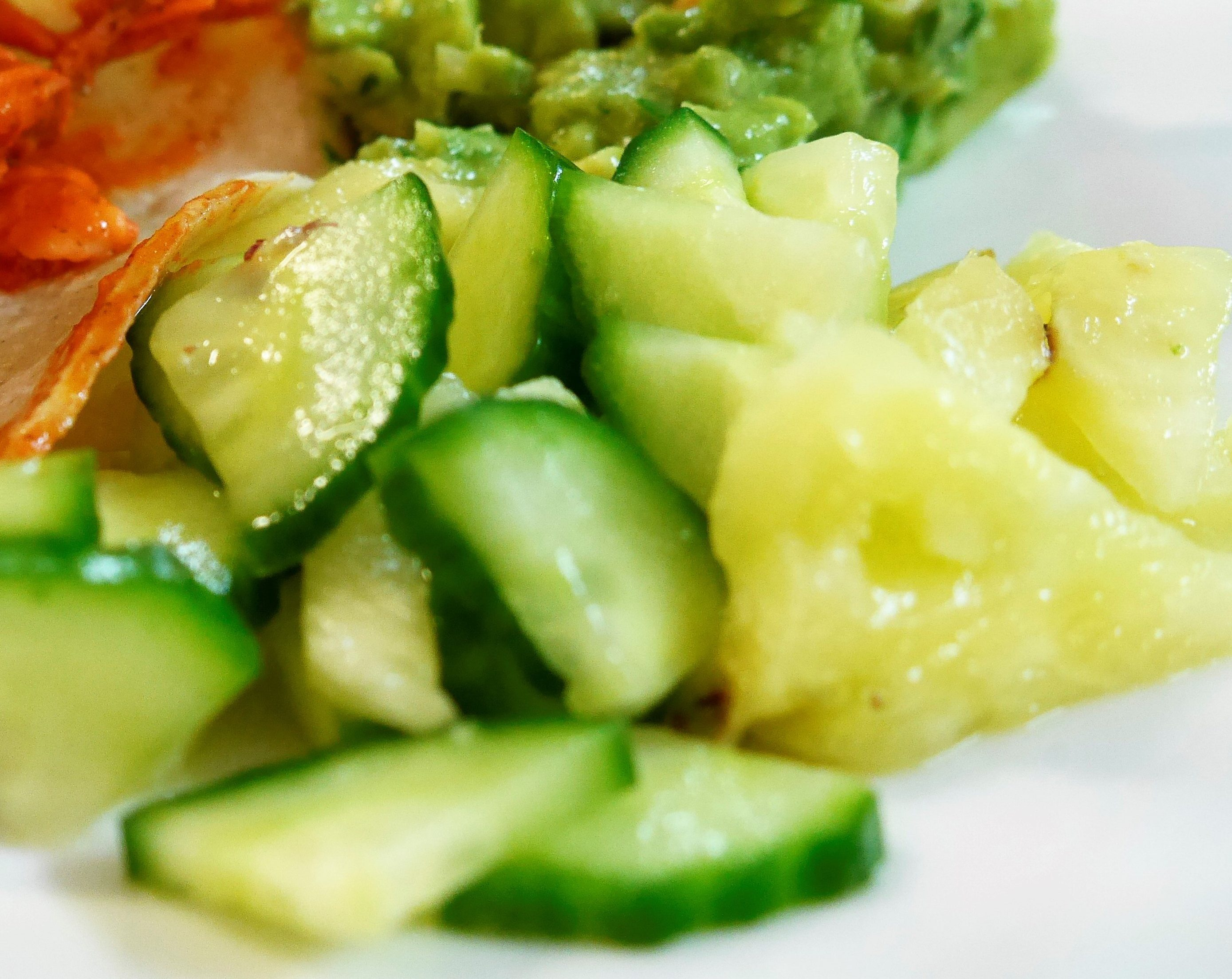 Mexican Cuisine With Yasbenia: Pineapple And Cucumber Salad