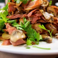 Spanish Cuisine With Laura: Garlic Mushrooms With Ham