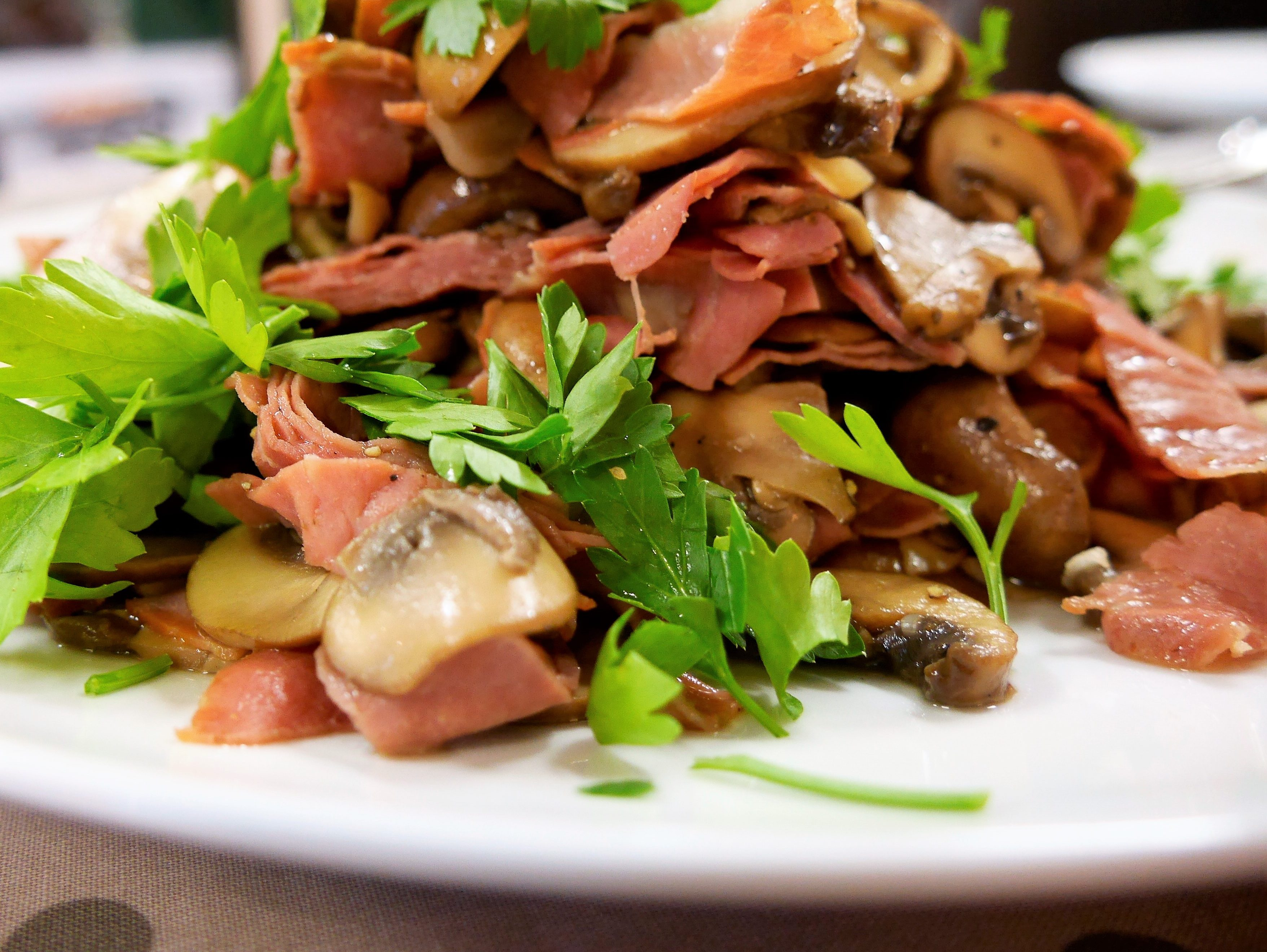 Garlic Mushrooms With Ham