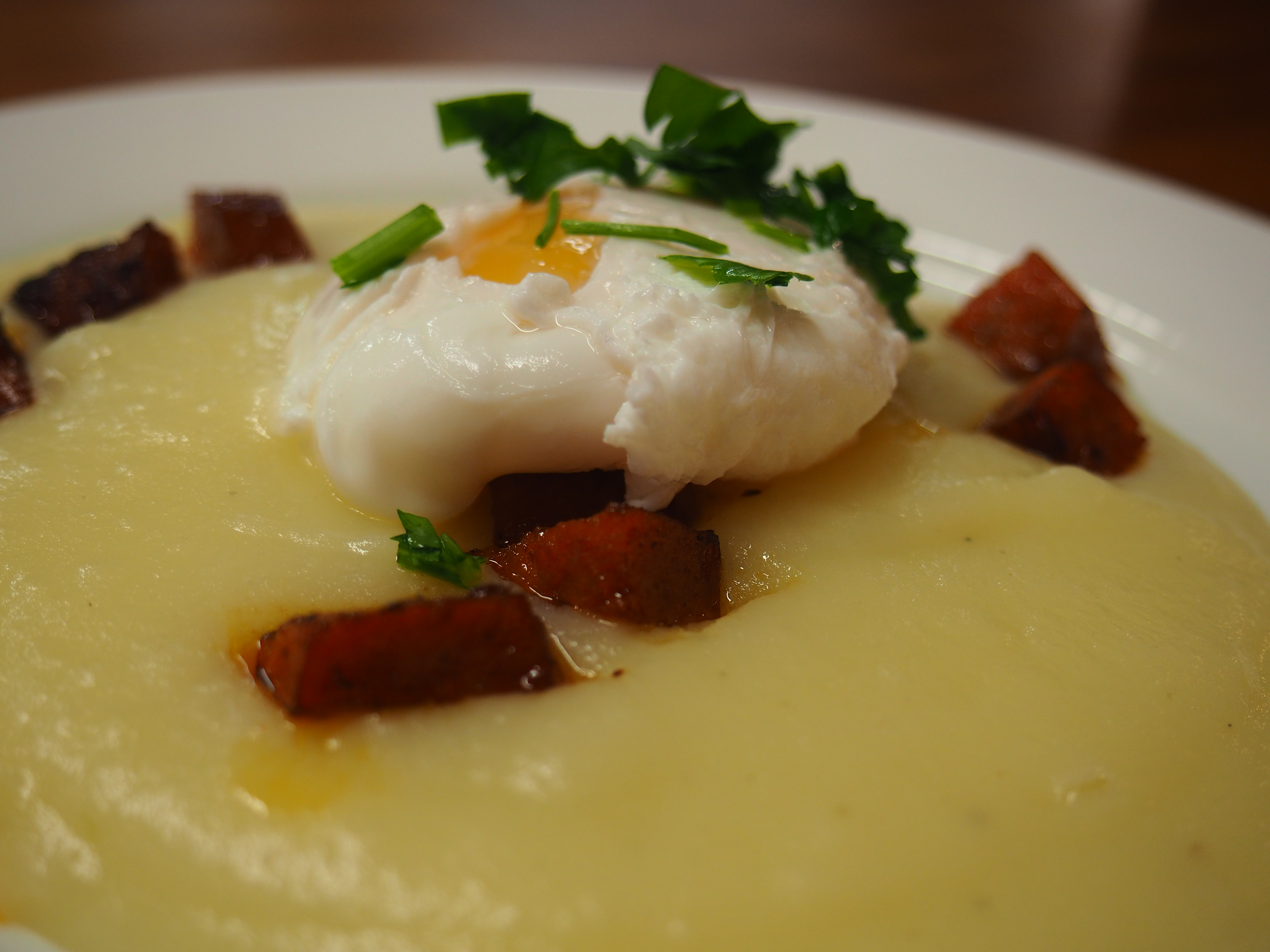 Spanish Tapas With Diego – Poached Eggs On A Potato Cream Bed