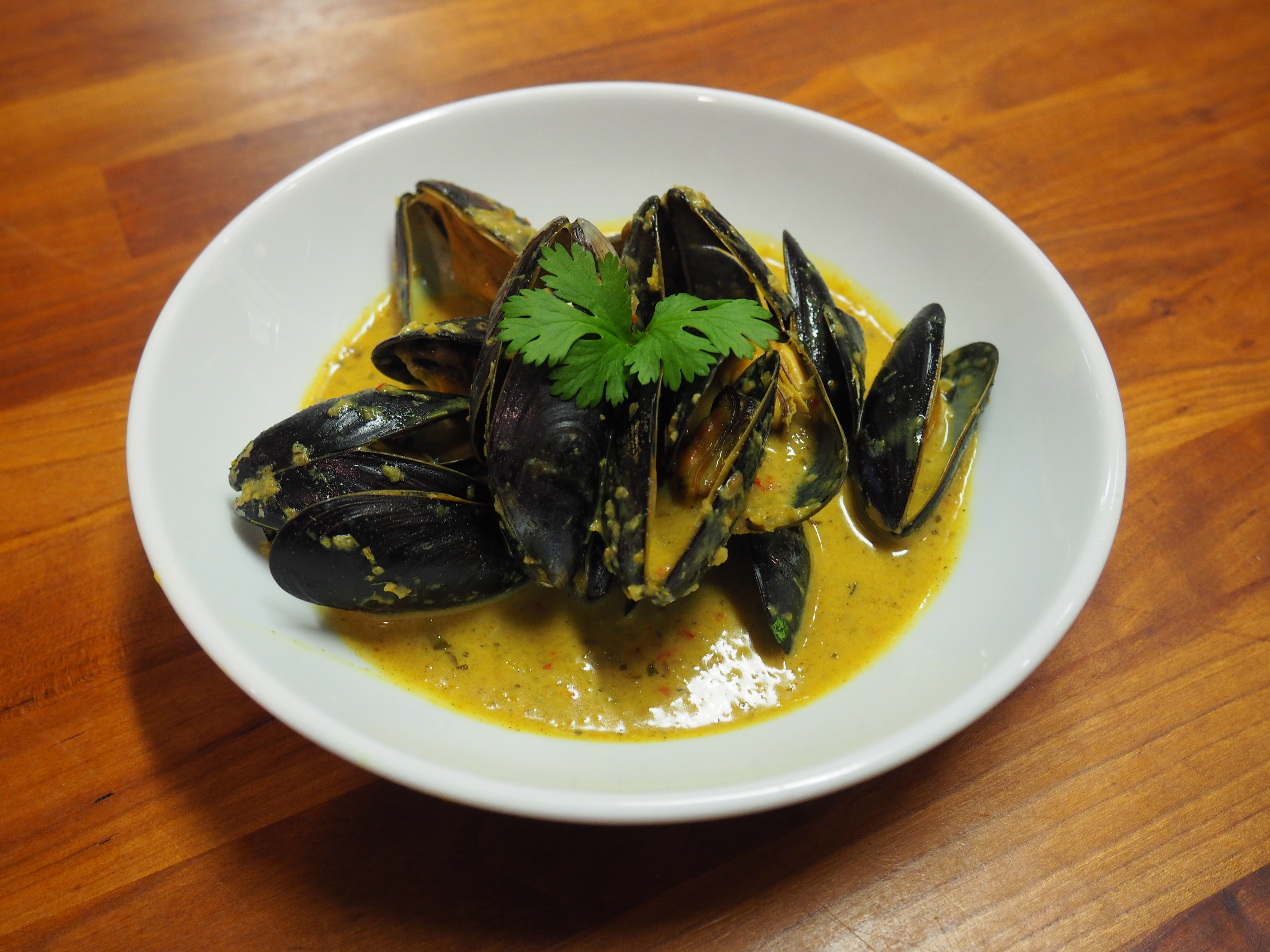 Thai With Kittikanya – Coconut Mussel Curry