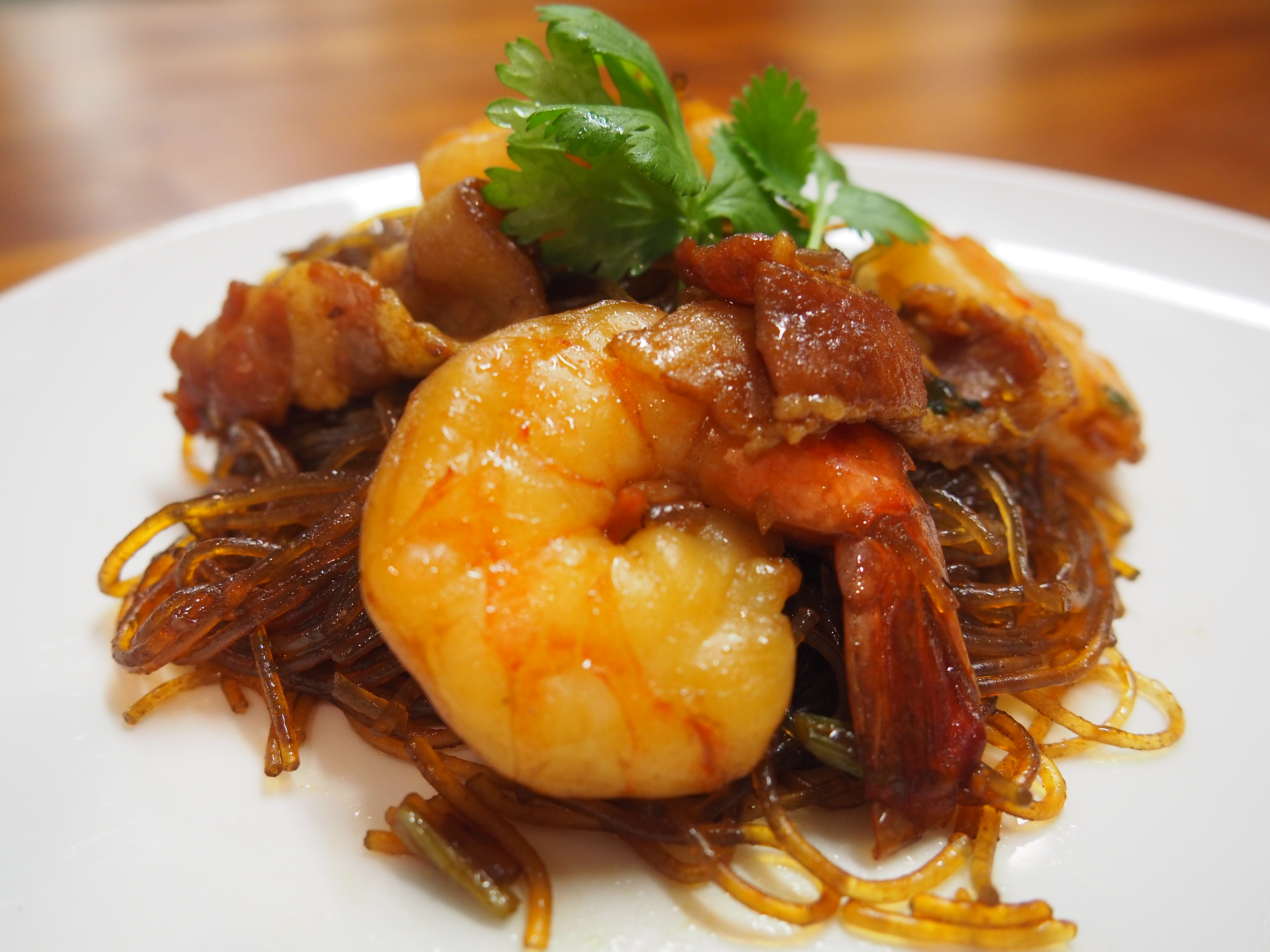 Thai Cuisine With Kittikanya -Gung Op Wun Sen