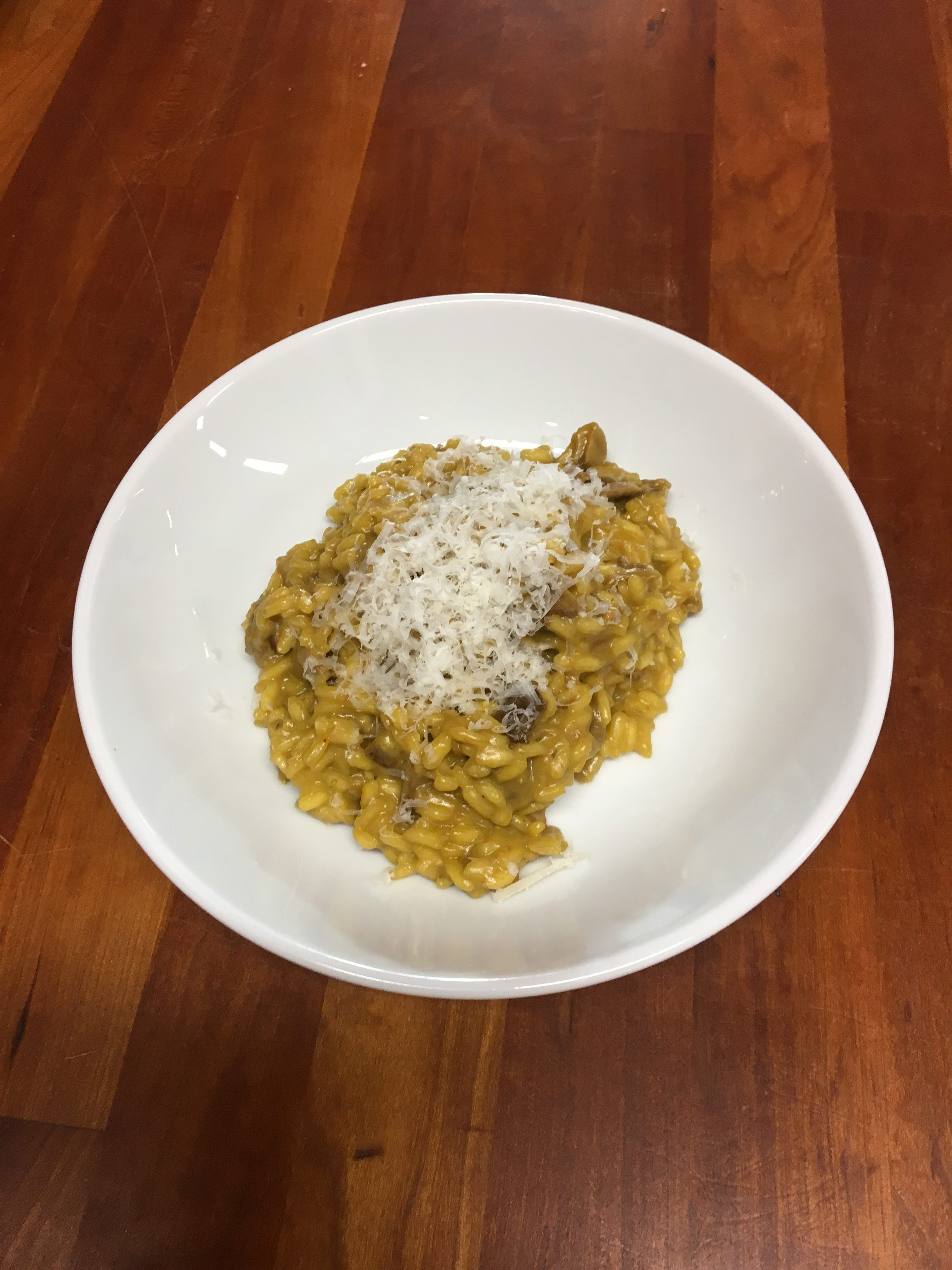 Italian With Eliana – Risotto With Saffron And Mushrooms