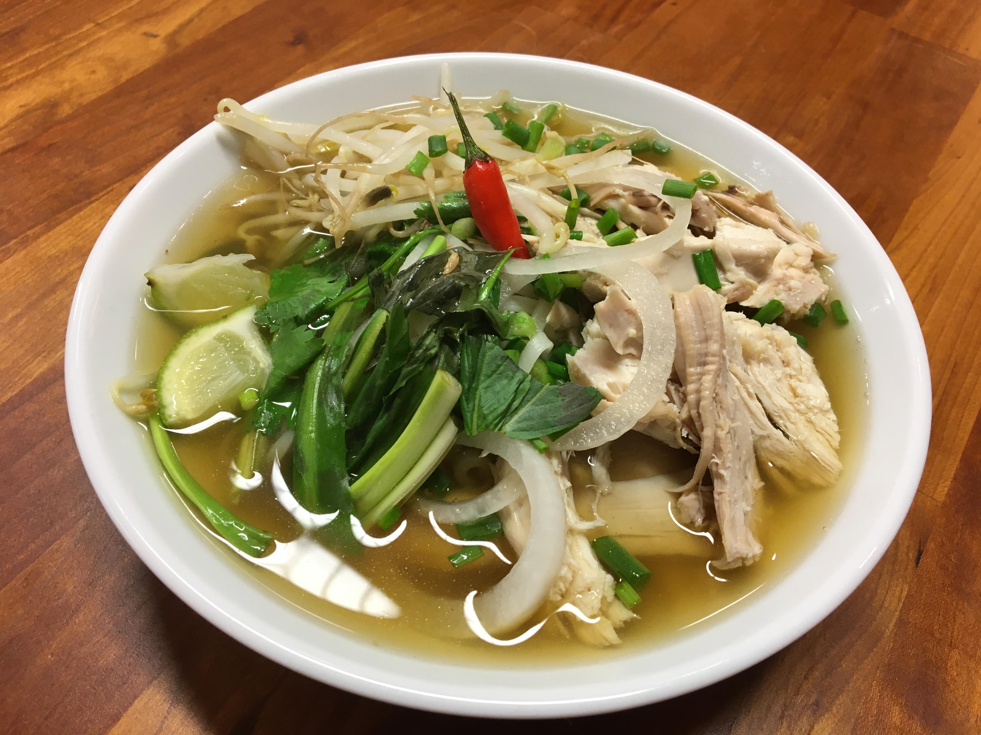 Vietnamese Cuisine With Tram – Pho Ga / Chicken Pho